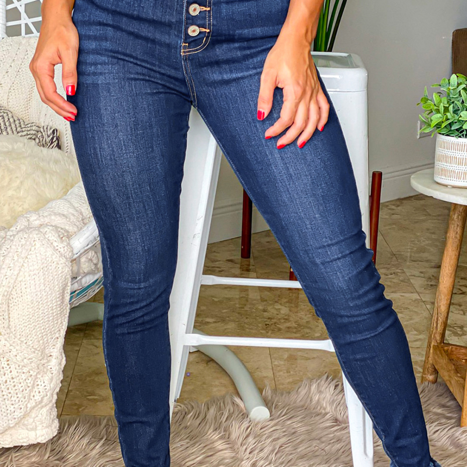 High Waisted Buttons Jeans